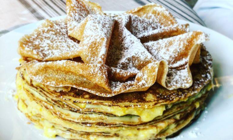 Le Gâteau de Crêpes au Praliné d'Oranges de chez Mère Poule