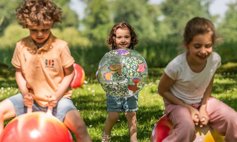 Vacances au Kids Club d'Eugénie